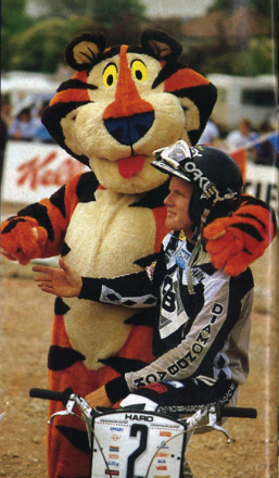 Harry_Leary_Tony_the_Tiger_oct_84.png