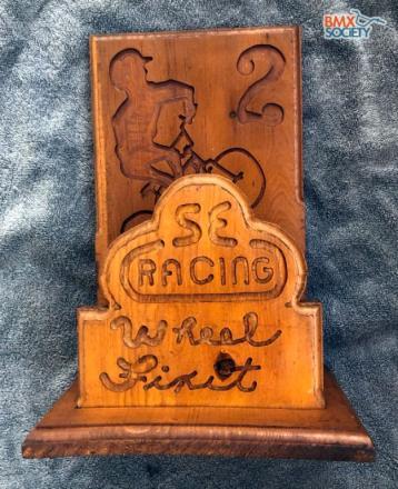Jeff_Utterback_SE_wood_trophy_plaque.jpg
