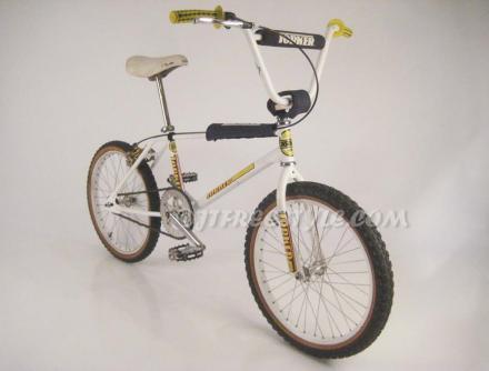 1984 Tommy Brackens Torker Pro-X complete bike JTFreestyle.jpg